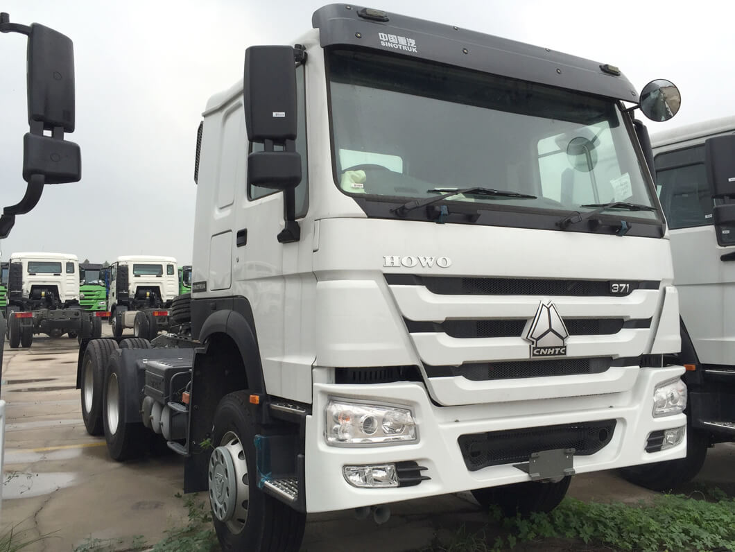 Sinotruk HOWO Camion tracteur 371HP